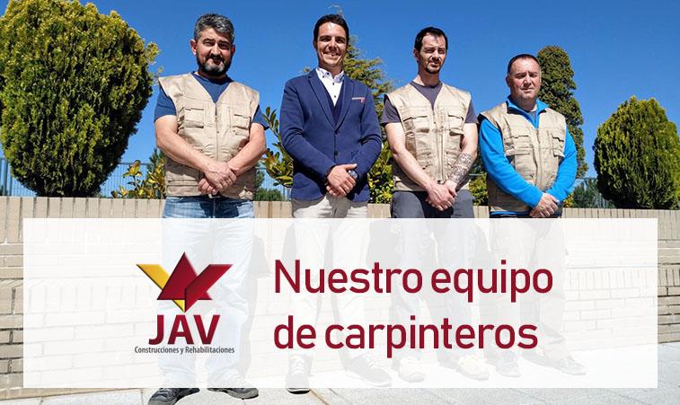 equipo de carpinteros
