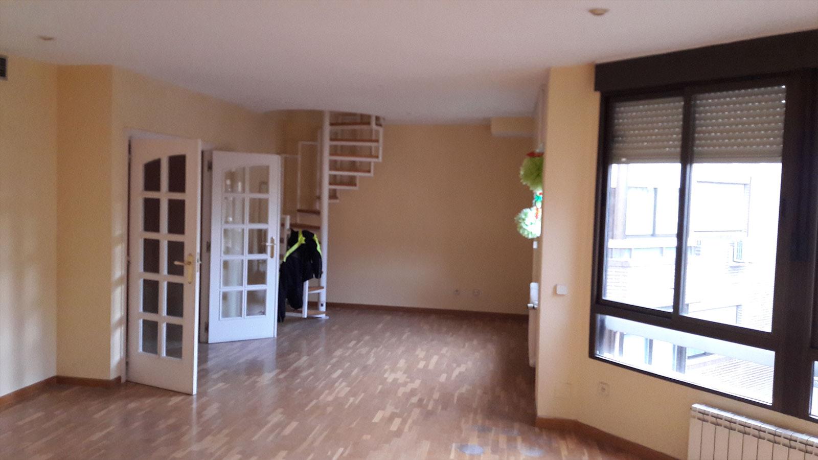 Reforma de piso en Juan Bautista